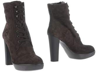9e66012b7f Hogan Brown Suede Boots For Women - ShopStyle UK