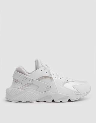 Nike Huarache Run Ultra in All White