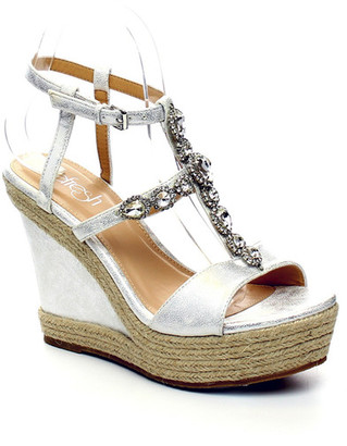 Refresh Beverly Wedge Sandal $59.99 thestylecure.com
