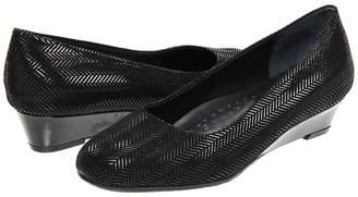 Trotters Lauren Women's Wedge Shoes
