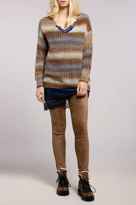 Baci Baja Ribbed V Neck Sweater
