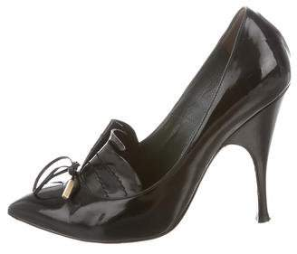 Marc Jacobs Patent Leather Pointed-Toe Pumps