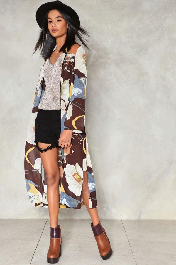 nastygal Love Minus Zero Floral Kimono