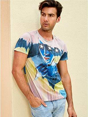GUESS Men's Short Sleeve Star Girl Crew Neck Tee