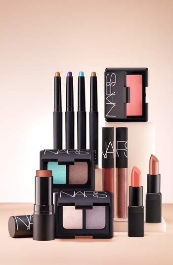 NARS Lipstick - Afghan Red (Sa)