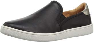 UGG Women's Cas Fashion Sneaker