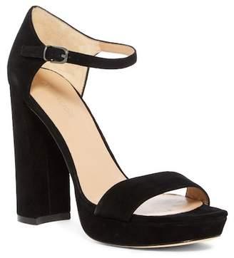 Pour La Victoire Yvette Platform Sandal