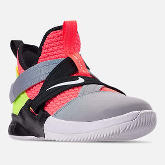 Nike Boys' Big Kids' LeBron Soldier 12 SFG Basketball Shoes