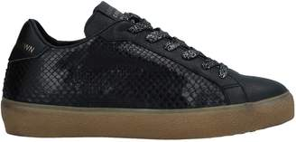 Leather Crown Low-tops & sneakers - Item 11531883FT