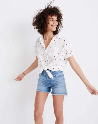 Madewell Embroidered Short-Sleeve Tie-Front Shirt in Fresh Strawberries