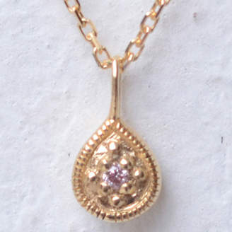 ソーイ sowi 【K18・ダイヤモンド】12の宝石のしずくたち 4月ピンクダイヤモンド