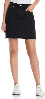 Levi's Everyday Denim Skirt in Charcoal Black