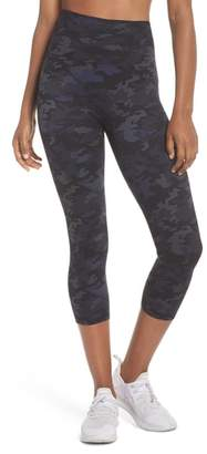 Spanx R) Active Print Crop Leggings