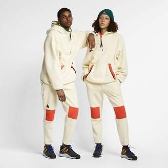 Nike Pantalones de tejido Sherpa Fleece ACG. MX