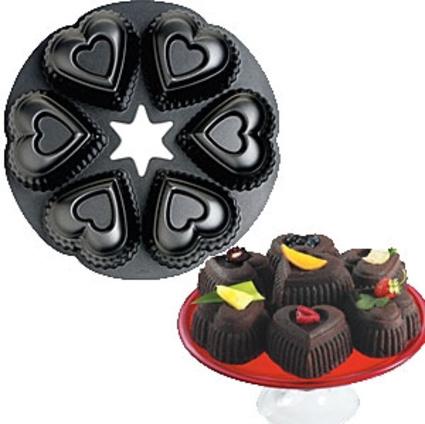 Wilton® Mini Heart Cake Pan