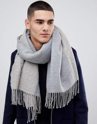 Asos Design DESIGN blanket scarf in gray & camel houndstooth