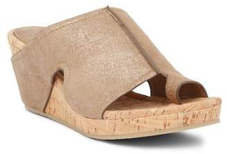 Donald J Pliner Gee Loop Toe Platform Wedge Sandal