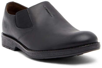 Clarks Hinman Step Leather Loafer