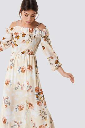 Trendyol Relaxed Shoulder Maxi Dress