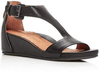 Gentle Souls Women's Gisele Leather Platform Wedge Sandals