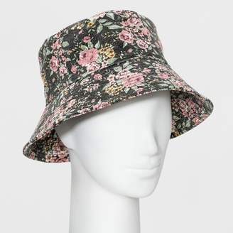 fa43e477 Wild Fable Women's Oversized Washed Floral Bucket Hat - Wild Fable Black