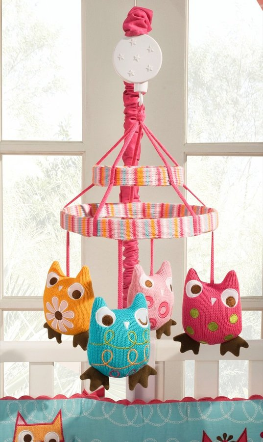 Zutano Owls Mobile