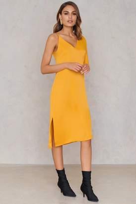 NA-KD Na Kd Asymmetric Shoulder Midi Dress