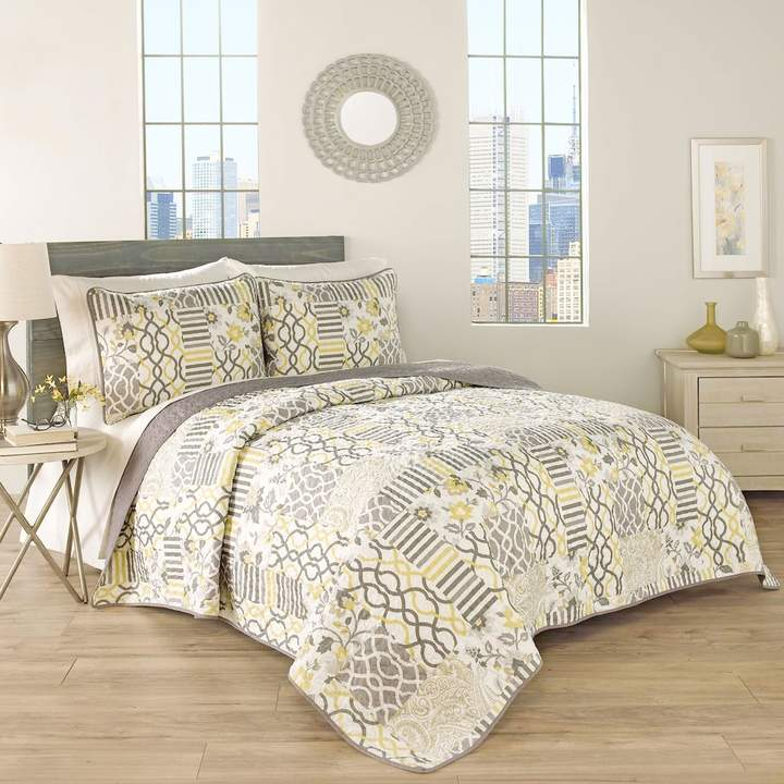 Traditions by 3-piece Set In Spring Quilt Set