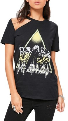Women's Missguided Def Leppard Graphic Tee $52 thestylecure.com