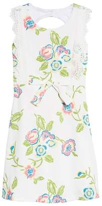 Iris & Ivy Embroidered Open Back Dress