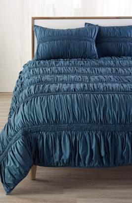Nordstrom Solid Ruched Comforter