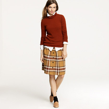 Flair skirt in plaid