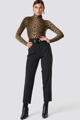 Na Kd Trend Asymmetric Belted Suit Pants