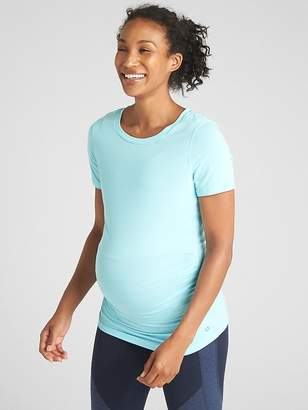 Gap Maternity Breathe Short Sleeve Crewneck T-Shirt