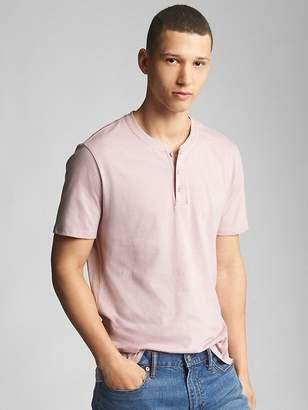 Essential Short Sleeve Henley T-Shirt