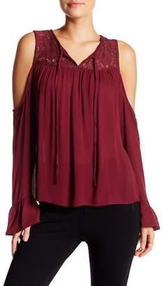 Romeo & Juliet Couture Open Shoulder Blouse