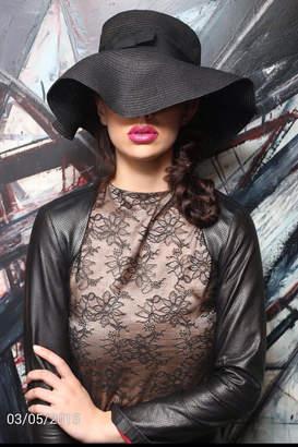 Couture Lyudviga Leather Sleeves Shrug