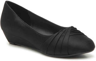 Dyeables Comfort Collection by Rue Wedge Pump - Women's