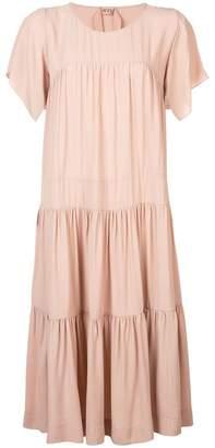 No.21 cape sleeve midi dress