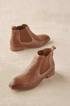 Soft Surroundings Moab Boots