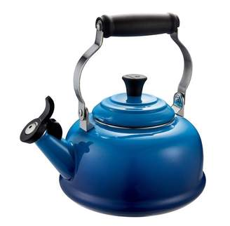 Le Creuset Classic Whistling Kettle - Blueberry