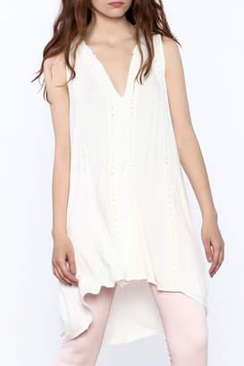 POL Ivory Sleeveless Tunic top