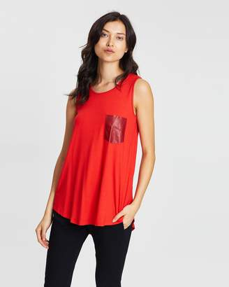 Lacey Essential Singlet