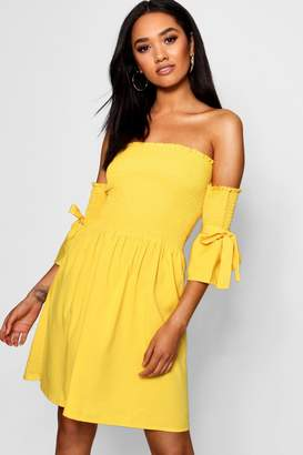 boohoo Petite Shirred Detail Tie Sleeve Skater Dress