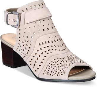 Bella Vita Fonda Sandals Women Shoes