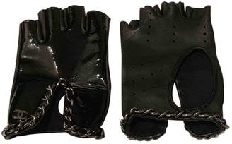 Chanel Black Patent leather Gloves
