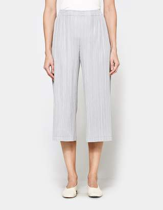 Pleats Please Issey Miyake Straight Leg Cropped Pants in Light Grey
