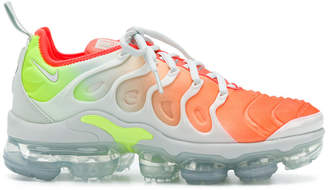 Nike Vapormax Plus sneakers