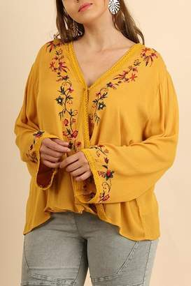 Umgee USA Yellow Embroidered Blouse