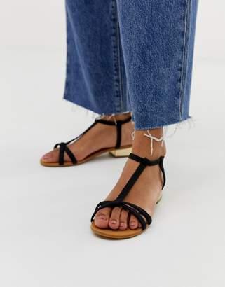 5d118c02f0 Carvela Flat Sandals Sale - ShopStyle UK